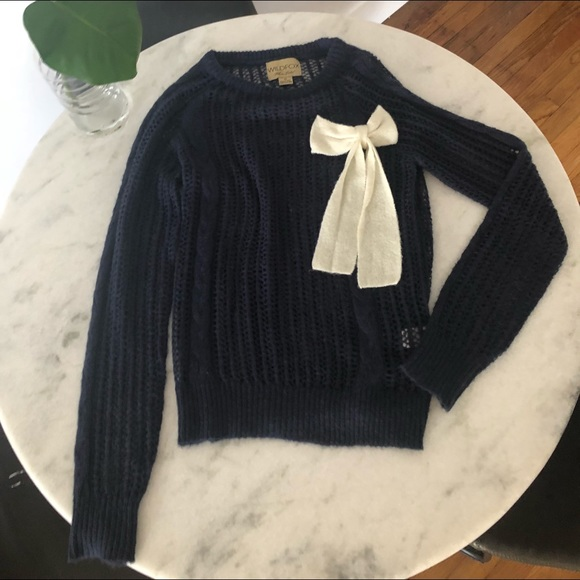 Wildfox Sweaters - Wildfox White Label Navy jumper w/ white bow